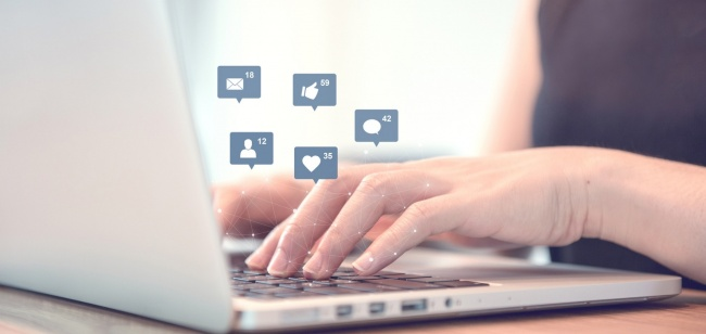 Top 5 tips for managing social media for business