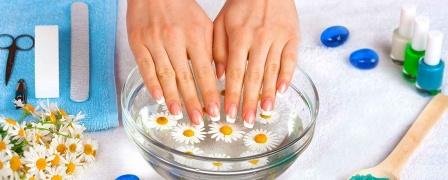 Natural Nail Manicure Diploma